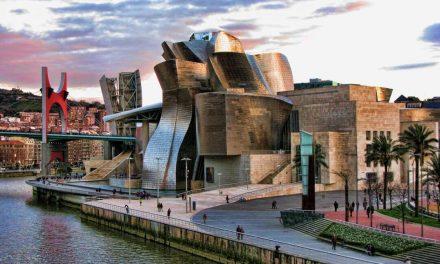 Museo Guggenheim, GENIAL para turismo cultural en Bilbao